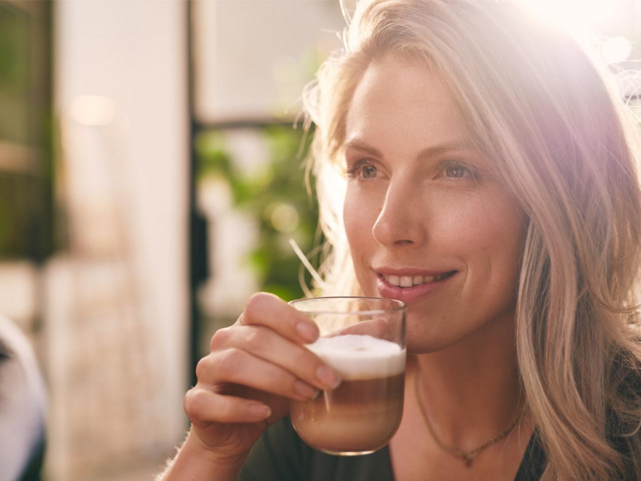 Geniet van een heerlijke latte macchiato met Gio Coffee