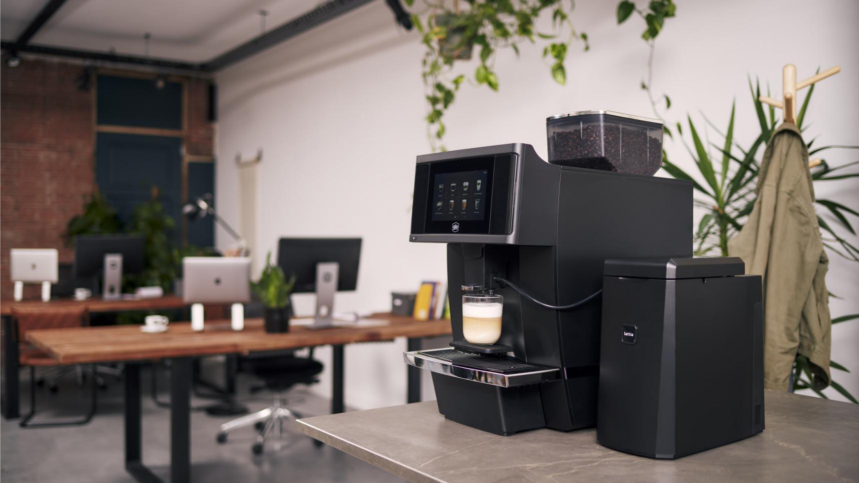 Gio Coffee Baristi 100 koffiebonenmachine in een kantoor