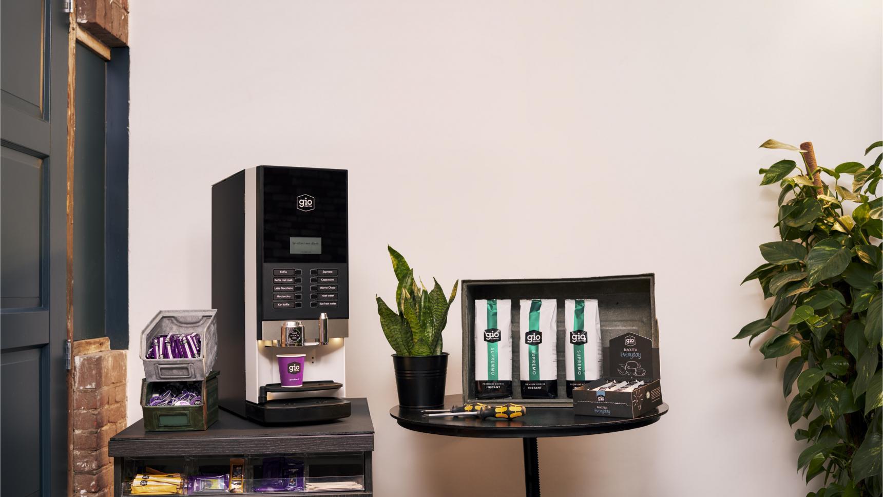 Gio Coffee Instant koffiemachine in fabriekssetting