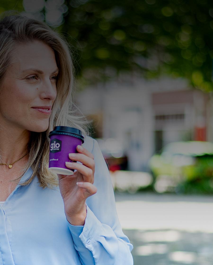 Geniet van een coffee-to-go met Gio Coffee zakelijk