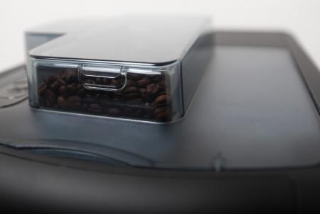 Verona Pro - koffiebonenmachine - Koffiemachine op werk - Gio Coffee - Bonen