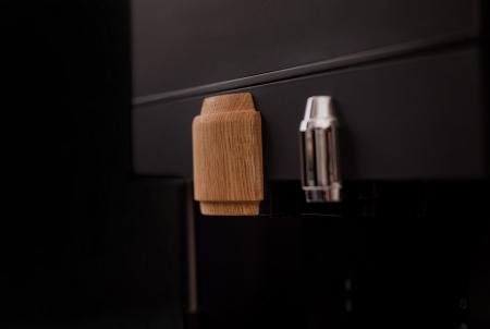 Lagundo koffiebonenmachine met eikenhouten elementen