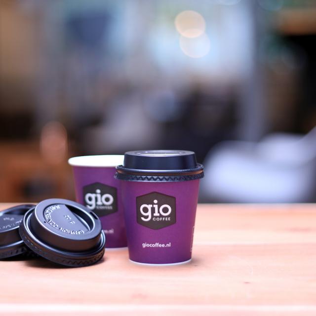 Beker deksels voor de Gio Coffee kartonnen bekers