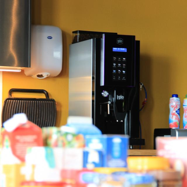 Gio Coffee Lucca koffiemachine bij Iyuno Netherlands BV
