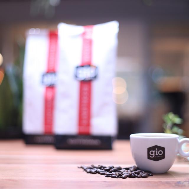 Sfeerbeeld-Gio-Coffee-Eccellente-Koffiebonen-Zakelijk