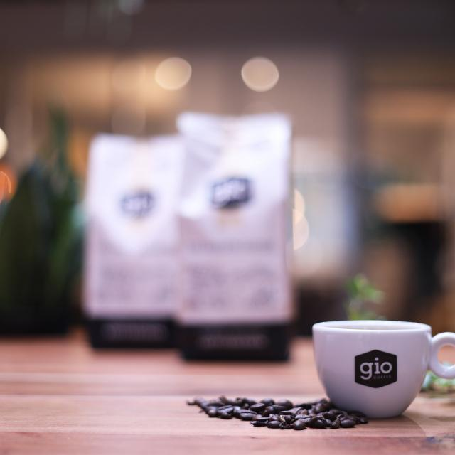 Sfeerbeeld-Gio-Coffee-The-Barista-Choice-Koffiebonen-Zakelijk